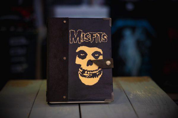 Misfits-notebook