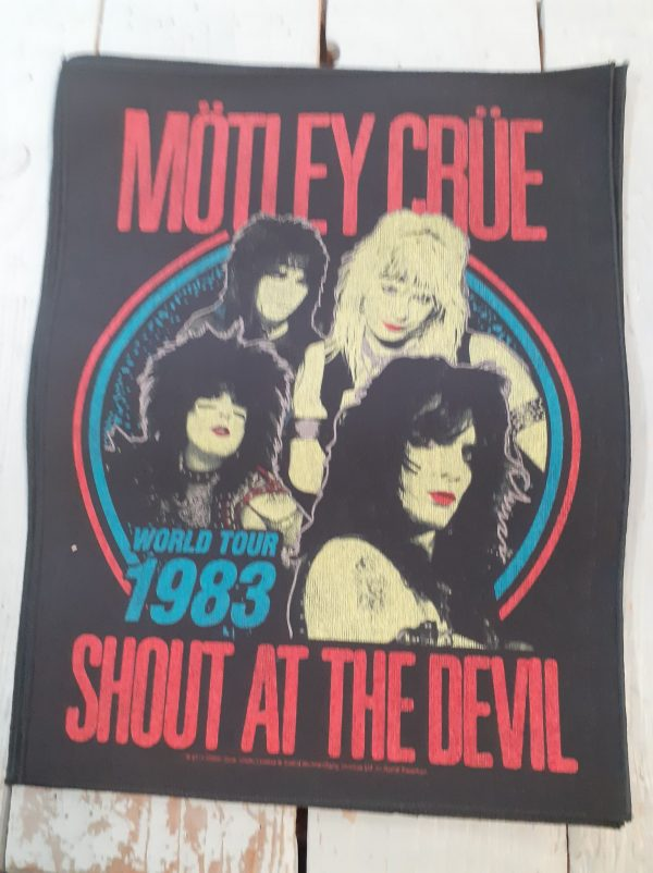 motley crue-shout at the devil backpatch