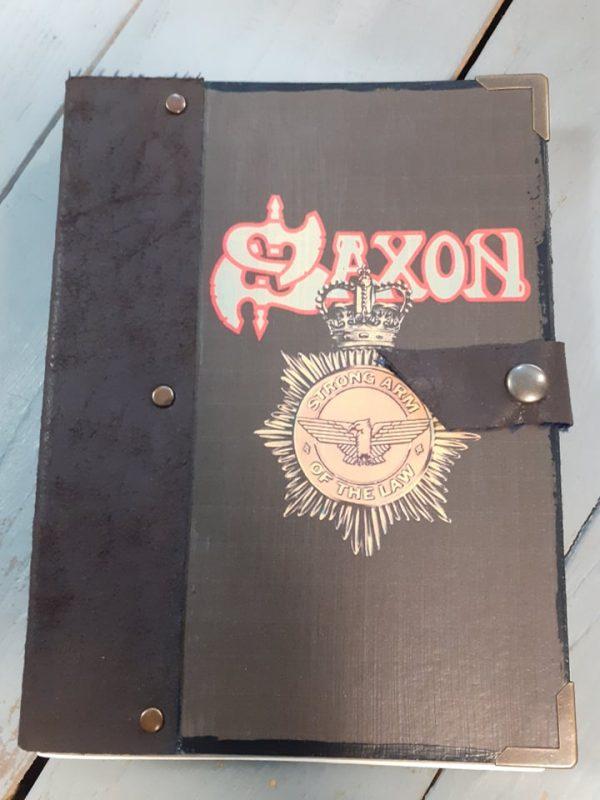 saxon-notebook