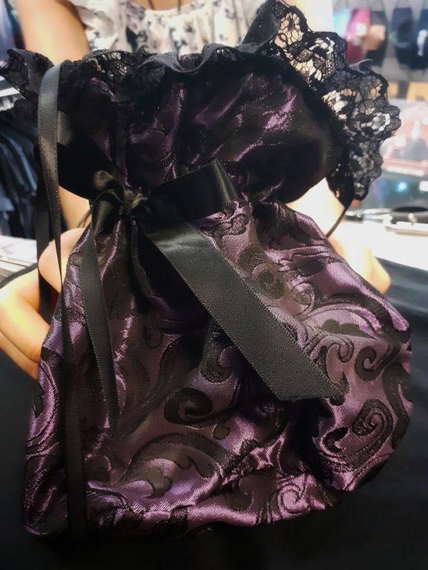 ladies pouch gothic 1