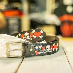 belt leather skulls/heart size large